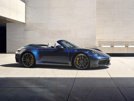 La macchina senza tempo. La nuova 911 Carrera Cabriolet.